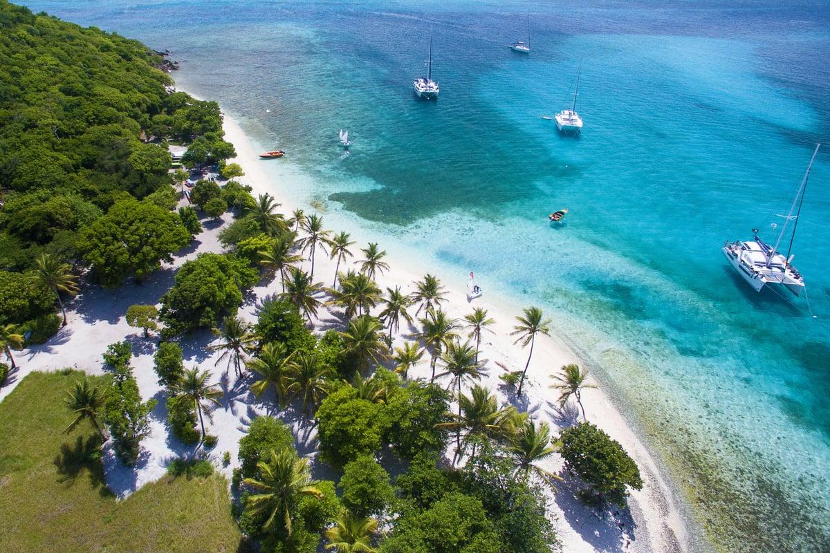 St Lucia Sunsail vacation beach